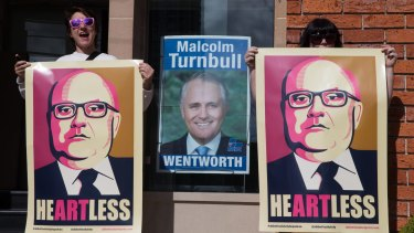 Artists outside Prime Minister Malcolm Turnbull's Edgecliff office will be happy George Brandis is no longer the Arts Minister.