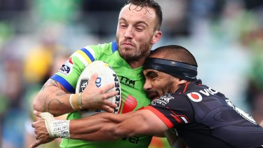 Josh Hodgson says the Raiders need to stay calm as the final whistle approaches.
