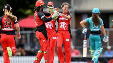 Molly Strano took three wickets for Melbourne Renegades.