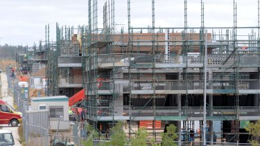 Fewer development applications were lodged in the ACT in 2015 compared with 2014.