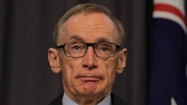 Former foreign minister Bob Carr has accused Scott Morrison of 'economic populism'