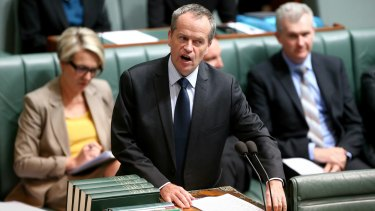 Opposition Leader Bill Shorten pursued Mr Turnbull over the guns issue in Parliament on Tuesday.