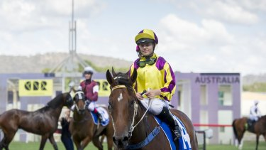 Apprentice jockey Winona Costin rode Super Too to victory in the Lightning Ridge, but has concussion after a nasty fall in the next race.