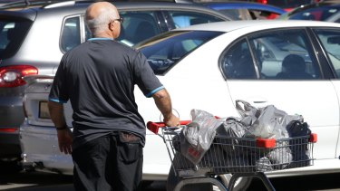 Queensland might follow other states in reducing the use of plastic bags in supermarkets.