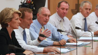 Tony Abbott meets with his cabinet.