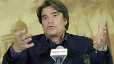 Bernard Tapie at a press conference in June 2001.