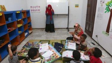 A class at Dompet Dhuafa.