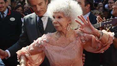 The Duchess of Alba flamenco dances beside her husband Alfonso Diez after their wedding in 2011.