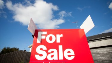 """Wayne Byres signalled the regulator would keep a close eye on banks' mortgage lending practices over 2018, in response to """"heightened risk"""" in the home loan market."""