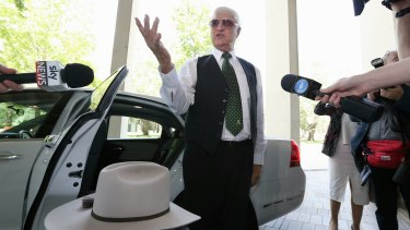 Independent MP Bob Katter arrives at the High Court to show his support for Senator Rod Culleton on Monday.