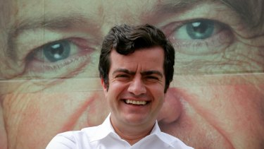 Pressure is mounting on controversial Labor senator Sam Dastyari to resign from politics following more revelations about his links with China.