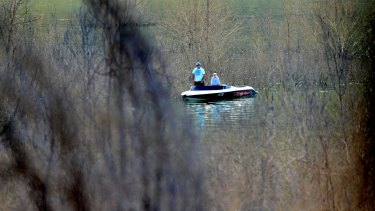 Lake Eildon is searched for missing boy Luke Shambrook.