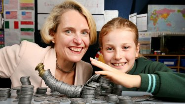 Catherine Robson with her nine-year-old daughter Elizabeth. Catherine gave a financial talk to her daughter's Grade 3 class in Malvern East.