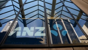 ANZ on Thursday said it expected to compensate about 8500 customers after the bank failed to provide them with a documented annual review.