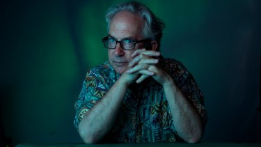 Australian author Peter Carey has been inducted into the American Academy of Arts and Letters.