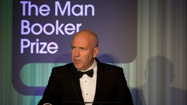 Richard Flanagan, accepting the 2014 Booker Prize, accused politicians from both major parties of holding Australian artists in contempt.