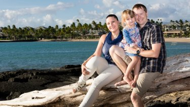Anna, Natalia and Steve Bowditch holiday in Hawaii in 2014.