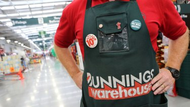 Bunnings owner Wesfarmers may buy a DIY chain in the UK.