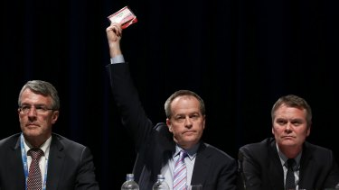 Opposition Leader Bill Shorten votes against a move by Labor's Left faction to ban boat turn-backs.