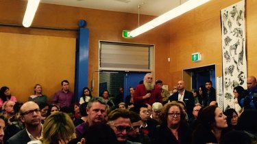 Community members at the Ultimo extraordinary meeting to save Ultimo Public School.