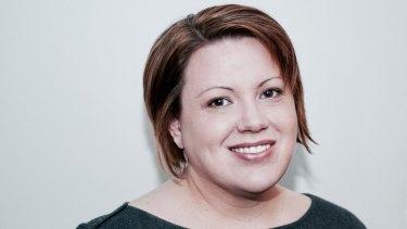 Téa Smith runs copywriting business Kintsugi without a website.