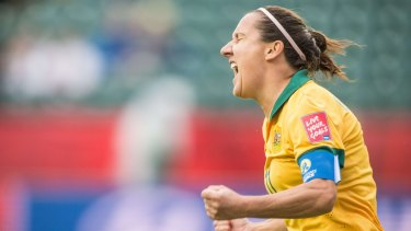 Striker Lisa De Vanna and her mighty Australian teammates will each leave Canada with just $2850 in their pockets if they lose their upcoming World Cup quarter-final.