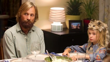 Mortensen with one of his progeny (Shree Crooks) in <i>Captain Fantastic</i>.
