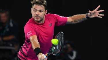 How do you solve a problem like Federer? Wawrinka throws everything at it.