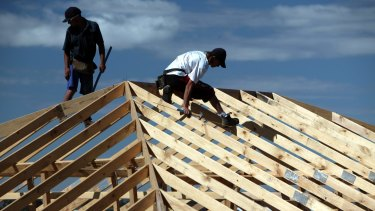 The number of new dwellings in Canberra given the go-ahead has dropped to its lowest in over six years.