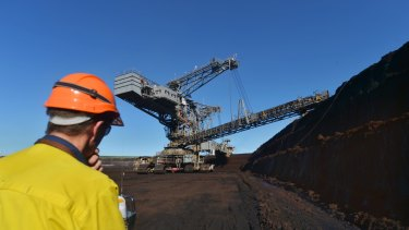 A company linked to billionaire coal investor Hans Mende has acquired a Vale mine in Queensland