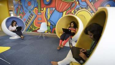Hot-desking offices often emphasise workspace design to enable quiet areas and collaboration areas.