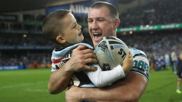 Paul Gallen took his son to meet mentor Ron Massey before the legendary tactician died.