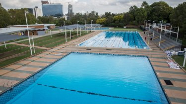 Parramatta lord mayor Paul Garrard says the state government must pay if it wants to demolish the public swimming pool to make way for a stadium.