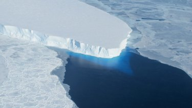 This major ice sheet in western Antarctica is melting. Its collapse is likely to raise global sea level by almost 60 centimetres.