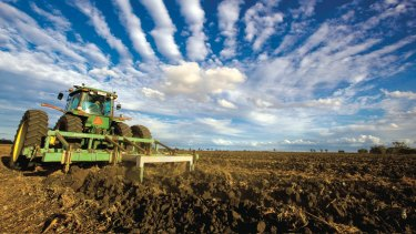 The changes to tariffs and partnerships could add as much as $3.7 billion, or 19 per cent, to Australian agriculture by 2015, HSBC says.