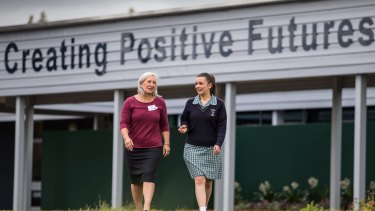 Bendigo Bank manager and mentor Cathie Kerr-Neilson with year 9 student Stephanie at Newcomb Secondary College.