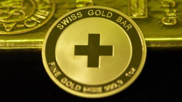 Support among Swiss voters for a referendum proposal that would force a huge increase in the central bank's gold reserves has slipped to 38 per cent.