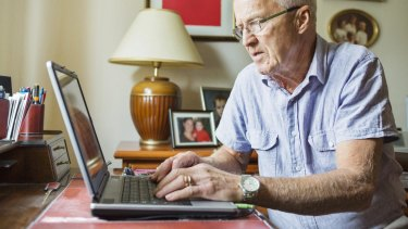 There are many benefits to teaching your grandparents how to use Facebook, according to a new study.