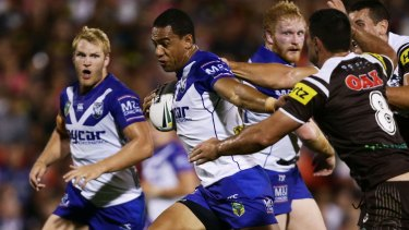 Where there's a Will: Fullback Will Hopoate makes a break as the Bulldogs fight their way back into the match.