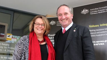 Former APVMA boss Kareena Arthy and Barnaby Joyce outside the temporary Armidale office.