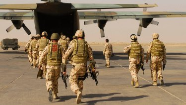 Australian troops in Iraq are shouldering a heavier burden than they should in the fight against Islamic State.