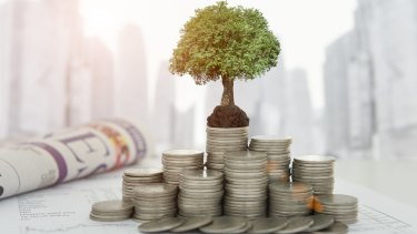There are tax considerations when using investment bonds as a way to invest in the sharemarket.