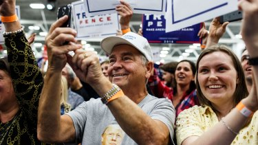 A crowd listens to Donald Trump in Pennsylvania.