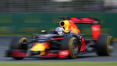 Ricciardo's Red Bull on the Albert park track