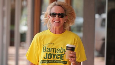 Former Nationals deputy leader Fiona Nash arrives at the campaign office for Barnaby Joyce to support his campaign for the New England by-election on Friday.