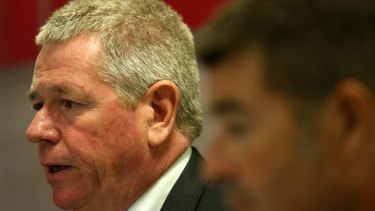 Bendigo and Adelaide Bank chief executive Mike Hirst has defended the  handling of investors.