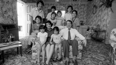 Eddie and Judy Obeid at home with their family of nine in November 1982.