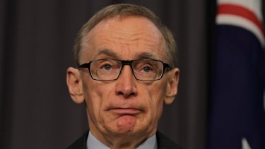 """Former foreign minister Bob Carr has accused Scott Morrison of """"economic populism""""."""