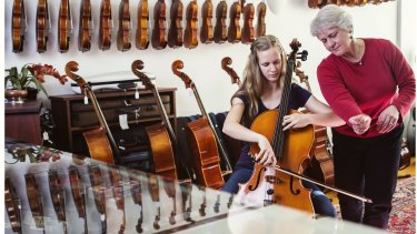 Sarah Cuming, Orchestra Victoria Teacher, and student Charlotte Kube.