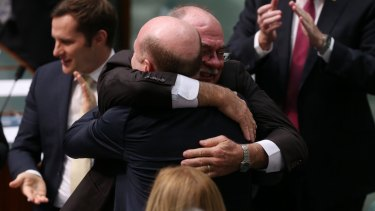 Warren Entsch congratulates Mr Zimmerman.